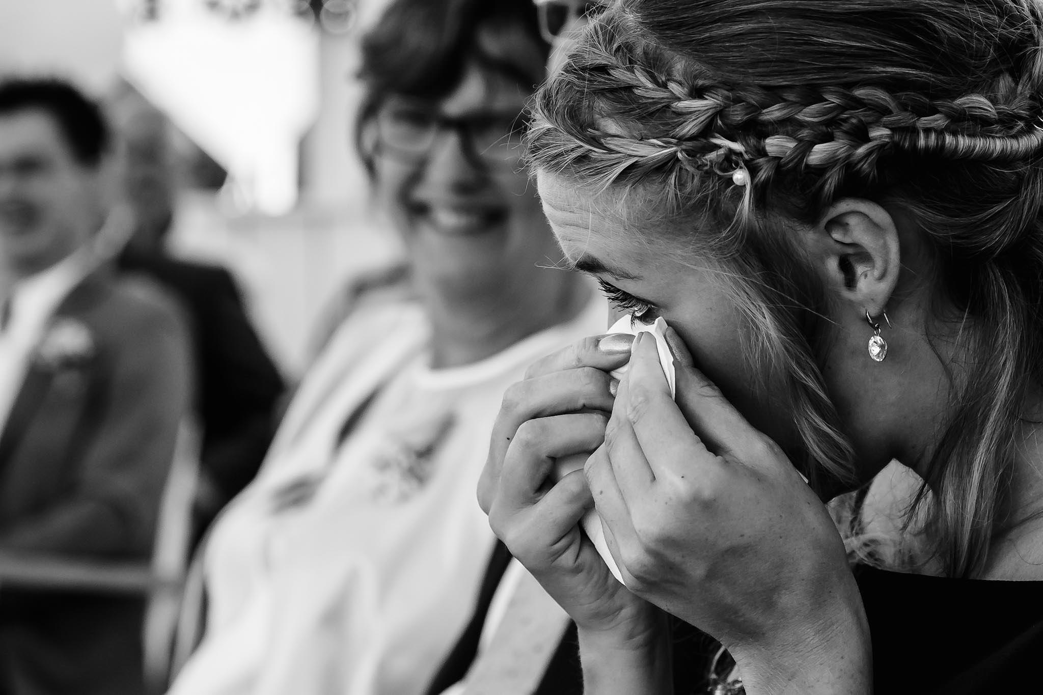 Bruidsfotografie traan van geluk