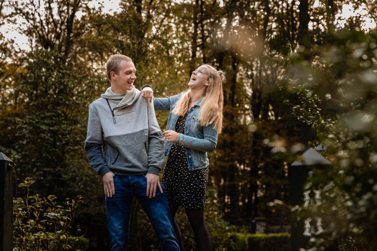 Broer en Zus Fotoshoot Kasteel Slangenburg Doetinchem Gezinfotoshoot