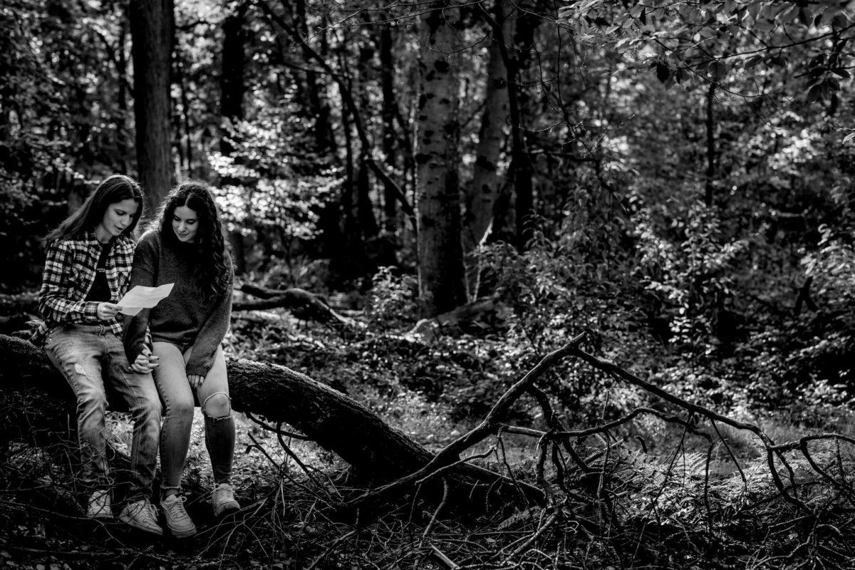 Herfst-Loveshoot-gaygirls-fotoshoot-doetinchem-kasteel-slangenburg-nikki-melissa-italia
