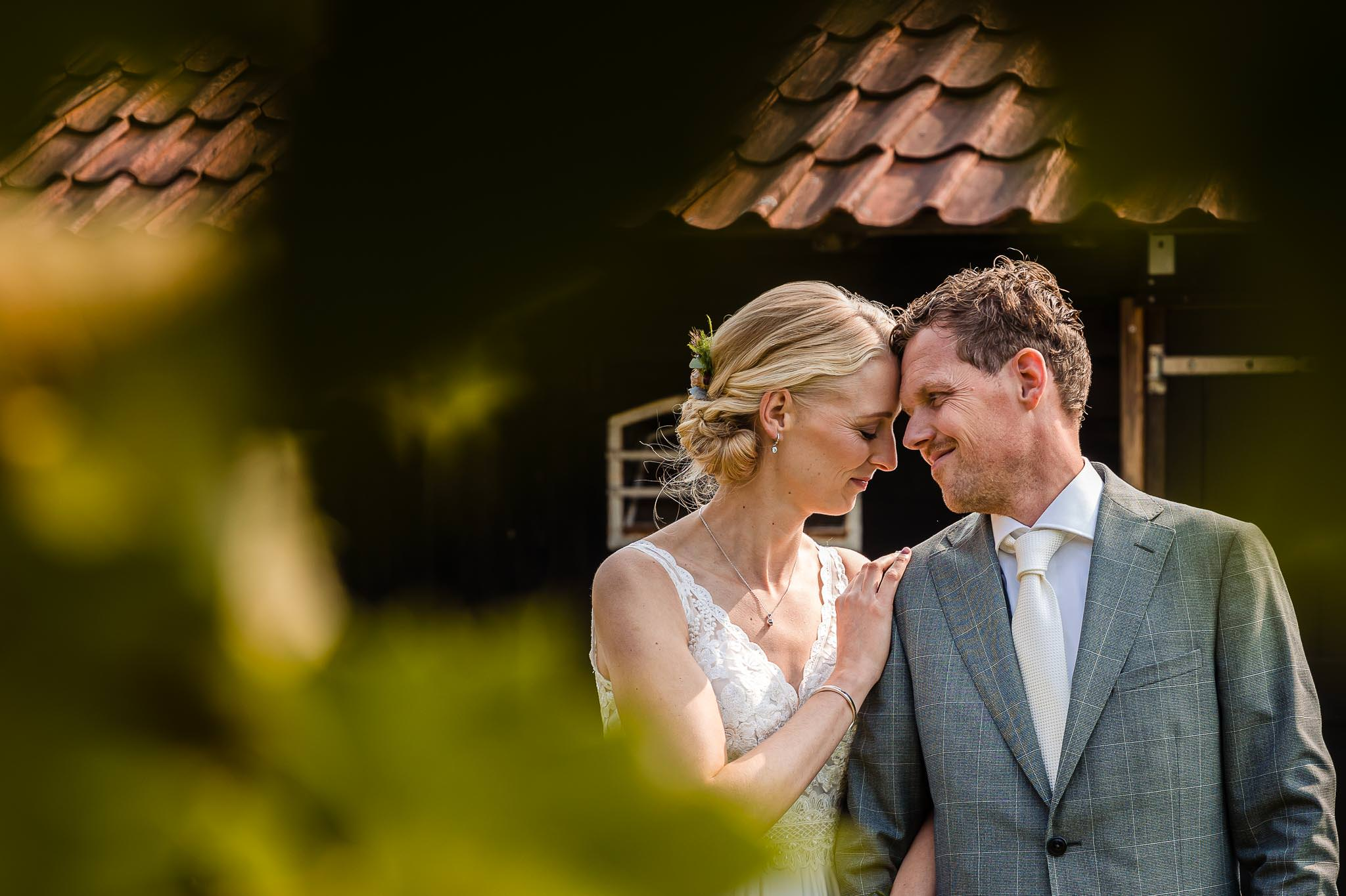 bruiloft-evelien-jorn-bos-achterhoek-lievelde-ervenkots